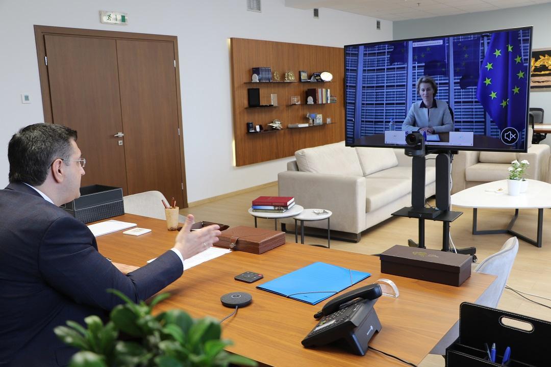 Σύσκεψη Τζιτζικώστα με την Πρόεδρο της Κομισιόν Ούρσουλα φον ντερ Λάιεν