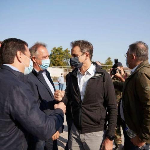 Στην Καρδίτσα ο Θεοδωρικάκος: Από αύριο τα χρήματα στους πληγέντες – Το κράτος είναι εδώ στα δύσκολα