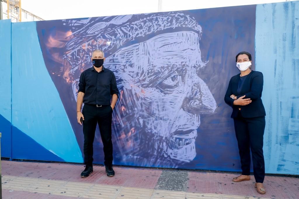 «Piraeus Art Event»: Εικαστική τοιχογραφία στην περίφραξη του εργοταξίου στο Μετρό