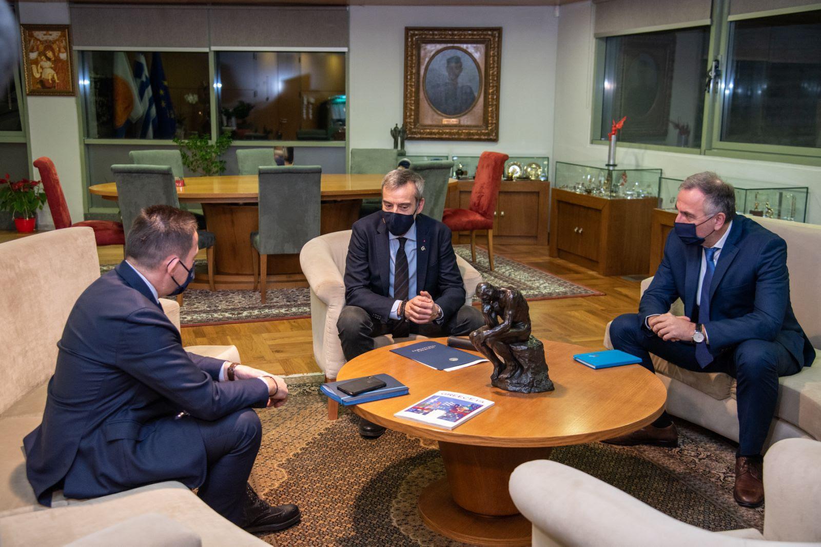 Το «Σχέδιο Μάρσαλ» για τη Θεσσαλονίκη στο επίκεντρο της συνάντησης του δημάρχου με τον Στέλιο Πέτσα