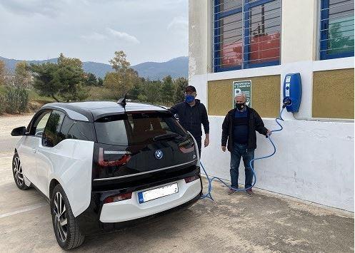 Νέος ηλεκτρικός φορτιστής οχημάτων στον δήμο Παπάγου – Χολαργού