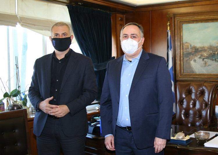 Συνάντηση του Δημάρχου Πειραιά με τον νέο Πρόεδρο του Β.Ε.Π. Γιώργο Παπαμανώλη-Ντόζα