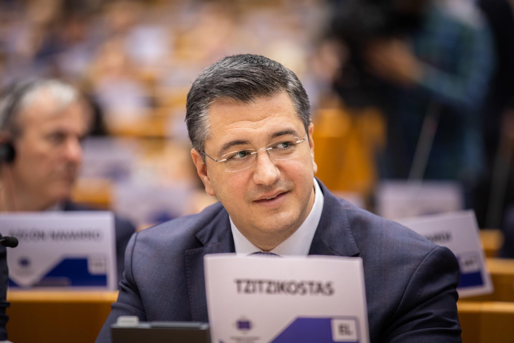 Απόστολος Τζιτζικώστας στο e-ota: Θα διεκδικήσω νέα θητεία το 2023